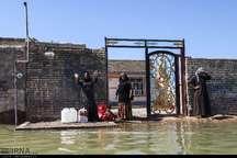 استاندار کرمان به مناطق سیلزده خوزستان رفت