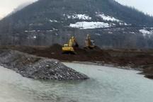 برداشت بیرویه شن و ماسه باعث تخریب رودخانه رودبار جنوب شده است