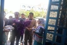 مفروش کردن نمازخانه های مدارس شهرستان نورآباد