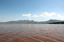 حجم آب دریاچه ارومیه به 2 میلیارد و 250 میلیون مترمعکب رسید