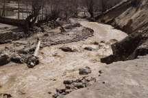 سیل شبکه برق 8 روستای تبریز را تخریب کرد