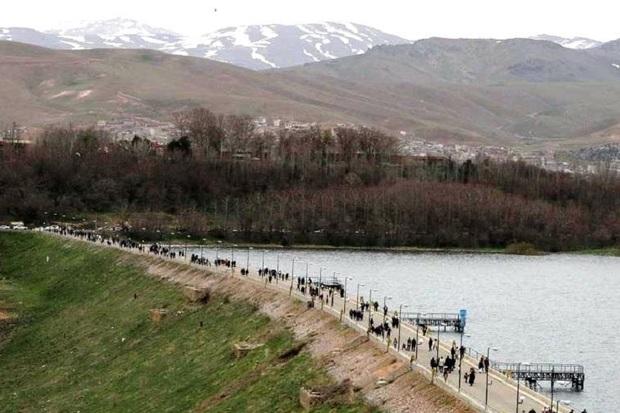 15 هزار گردشگر نوروزی از سد مهاباد بازدید کردند