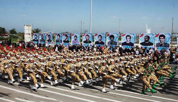 گلستانی ها به حضور در آئین روز ارتش دعوت شدند