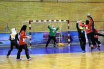 پیکارهای هندبال المپیاد استعدادهای برتر دختران ایران در یزد آغاز شد