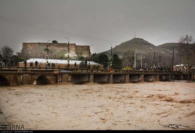سیل به 181 کیلومتر راه لرستان خسارت زد