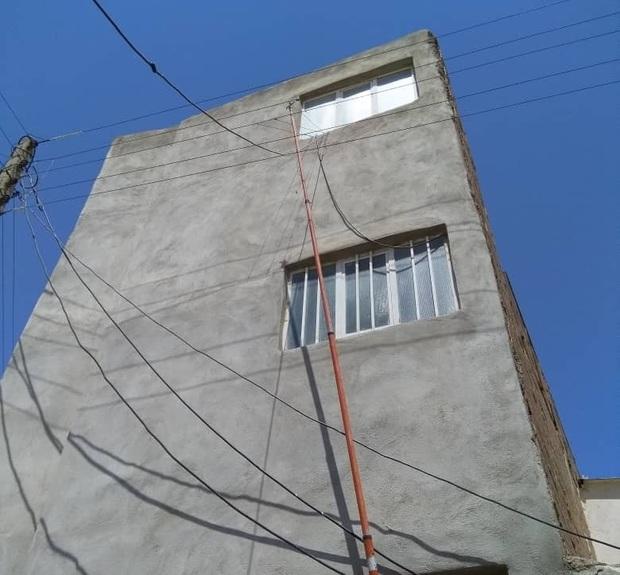 انشعابات غیرمجاز برق در تبریز جمع آوری می شود