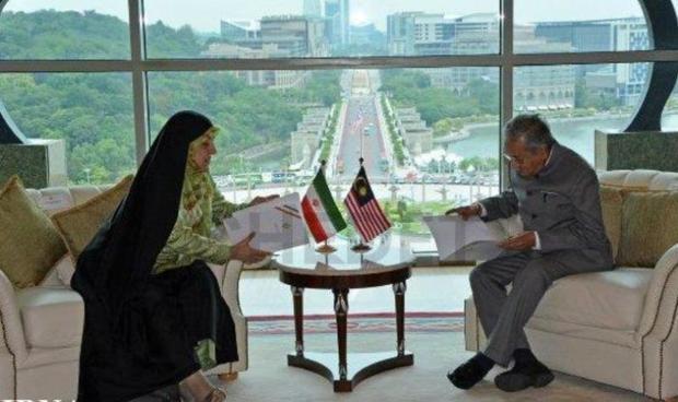 معصومه ابتکار با نخست وزیر مالزی دیدار کرد + عکس