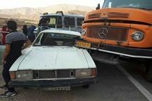 مصدومیت ۷ نفر در محور پلدختر- خرم آباد بر اثر تصادف زنجیرهای