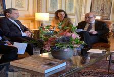 عراقچی: مسیرهای دیپلماتیک همچنان باز است/ ایران در هر شرایطی به صدور نفت خود ادامه خواهد داد