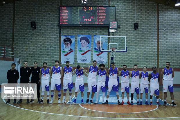 تیم بسکتبال آویژه صنعت پارسای مشهد تیم ذوب آهن را شکست داد