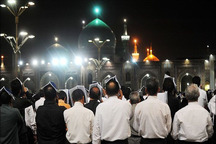 مراسم سومین شب قدر در حرم مطهر رضوی برگزار شد