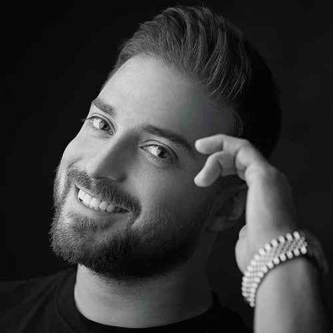 بابک جهانبخش؛ از بازی در تیم های بوخوم و استقلال تا هنرنمایی در دنیای موسیقی + فیلم