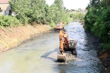 دستگاههای اجرایی در لایروبی رودخانهها همکاری لازم را داشته باشند