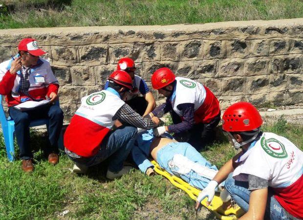 امدادگران همدانی در 'رفاقت مهر' به رقابت می پردازند
