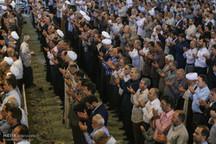 چگونه یک زن به صفوف اول نمازجمعه تهران راه پیدا کرد؟