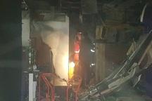 آتش سوزی در مجتمع تجاری کادوس آبادان خسارت جزیی داشت