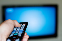 مجری معروف تلویزیون بدهکار میلیاردی مؤسسات غیرمجاز است