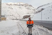 جاده های کوهستانی استان تهران یخبندان است