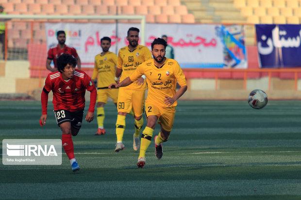 تیم فوتبال ۹۰ ارومیه به مصاف بادران تهران میرود