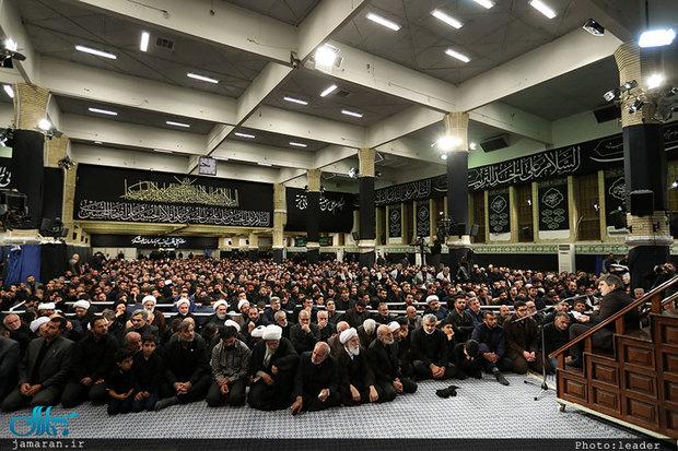 در حسینیه امام خمینی (ره) برگزار شد؛ مراسم عزاداری شام غریبان با حضور رهبر معظم انقلاب