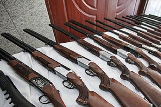 50 قبضه سلاح شکاری غیر مجاز در دیواندره کشف شد