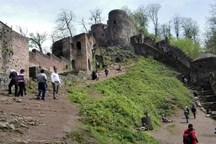 بنای تاریخی قلعه رودخان فومن از زباله پاکسازی شد+تصاویر
