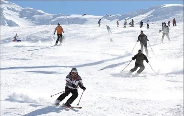 اردوی تیم ملی اسکی نوجوانان  در دیزین کرج  آغاز شد