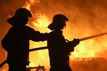 آتش سوزی سنگین انبار چوب در مشهد مهار شد