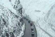 ترافیک جاده چالوس نیمه سنگین همراه با مه شدید