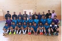بازیکنان تیم فوتسال ارژن شیراز پاداش گرفتند