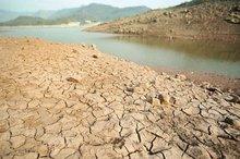 شوری و بیابان زایی نتایج برداشت های بی رویه از منابع آبی است