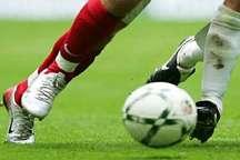 تیم فوتبال شهرداری آستارا برابر صنعت چای کومله شکست خورد