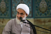 امام خمینی (ره) اقامه کننده دین در عصر حاضر بود
