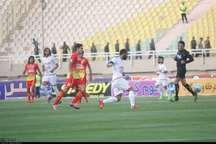 تیم فولاد خوزستان در دیدار برابر تراکتورسازی متوقف شد