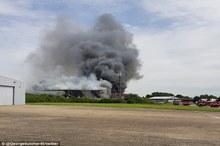 انفجار و آتش سوزی در فرودگاه لندن+ تصاویر