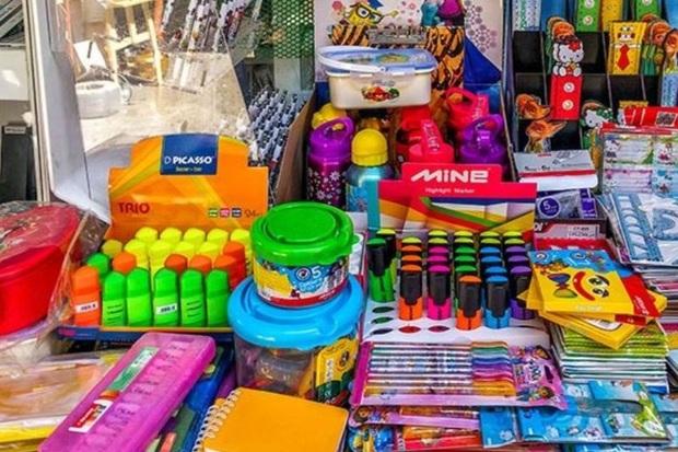حدود 12 هزار عدد نوشت افزار قاچاق در بوکان کشف شد