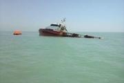 نجات هشت سرنشین شناور لایروب غرق شده در آبهای خلیج فارس