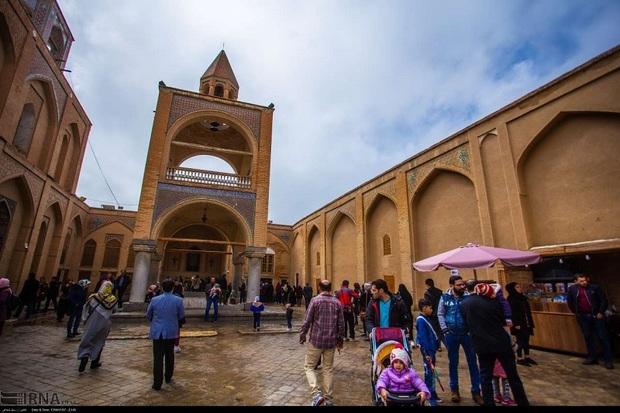 اصفهان شهر معابد مذاهب و مامن گردشگران خارجی