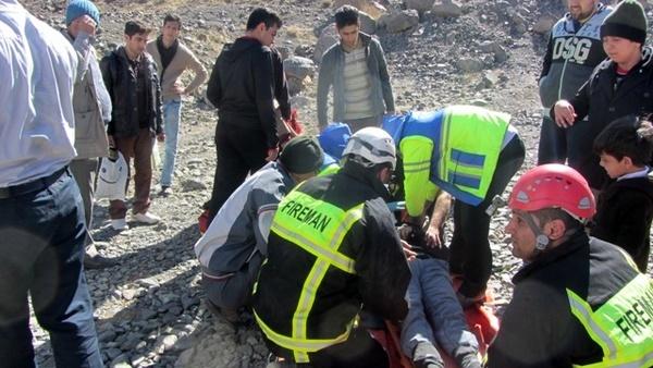 پیدا شدن زن جوان پس از 24 ساعت جستجو در کوههای رابر کرمان