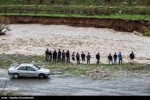 تخریب دیوار ساحلی اشنویه؛ سیل تاسیسات آبرسانی روستاهای شهرستان را دچار مشکل کرد