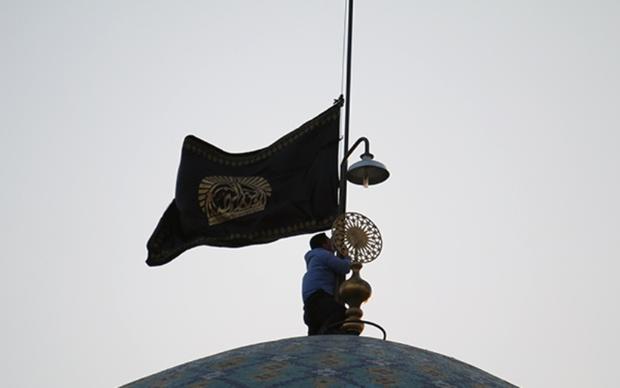 مراسم خطبه خوانی و تعویض پرچم امامزاده حسین (ع) برگزار شد
