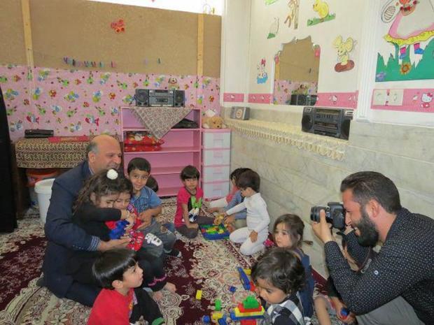 شاد زیستن را به کودکان آموزش دهیم