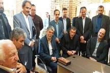 وزیر ارشاد از نمایشگاه 2 سالانه خوشنویسی در قزوین دیدن کرد