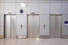 خسارت جانی در آسانسورهای غیراستاندارد شامل بیمه نمی شود