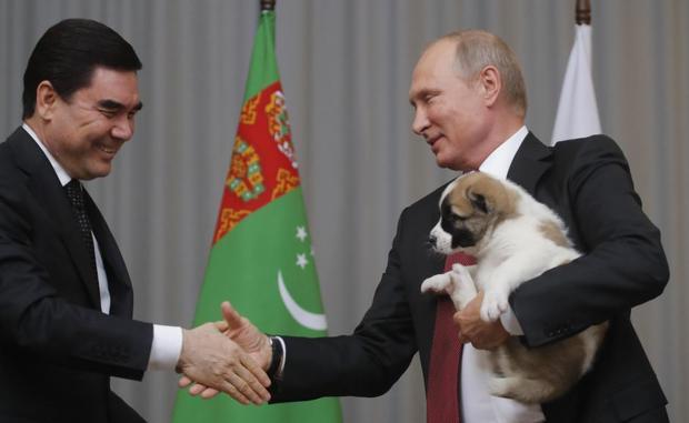 هدیه تولد پوتین خبرساز شد+ تصاویر