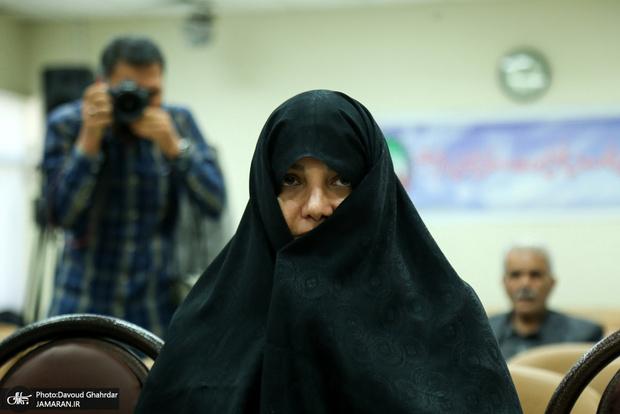وکیل شبنم نعمتزاده: آزادی موکلم تا سه روز دیگر صحت ندارد