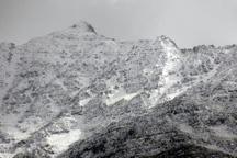 ارتفاعات آبیدر سنندج سفید پوش شد