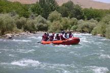 قایق سواری در رودخانه زاینده رود سامان در زمان بارش ممنوع شد