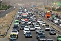 تردد خودروها در محور تهران به ساوه پرحجم  و روان است