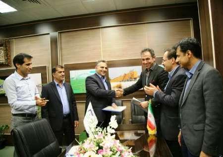 امضای قرارداد 100میلیارد تومانی صادرات مواد نفتی در منطقه ویژه خلیج فارس بندرعباس